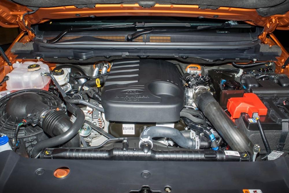 Động cơ dầu Diesel turbo tăng áp 2.2L mạnh mẽ