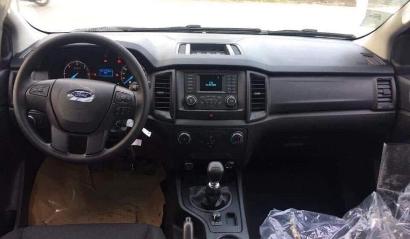 Nội Thất Ford Ranger XL Mới
